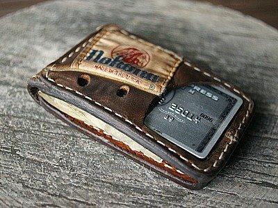 magnetic wallet in brown Nokona glove leather -- vvego.com