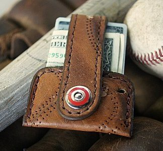 Vvapor: Baseball Glove Wallet