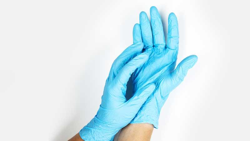 Перчатки при пандемии - нужны ли они?