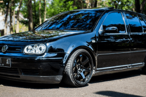 2002 Volkswagen Golf,GTI Owners Manual and Concept