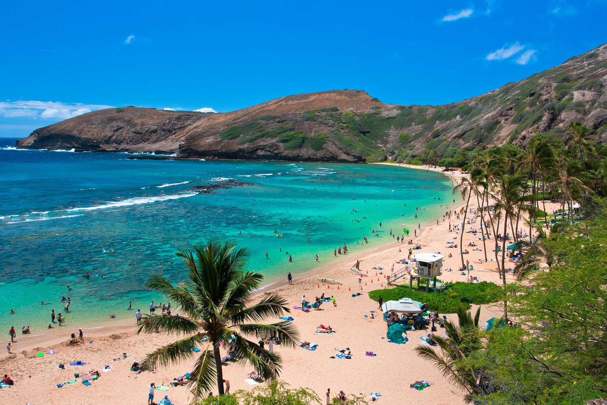 The-Royal-Hawaiian-Resort-Local-Attraction-Hanauma-Bay-Nature-Preserve.jpg