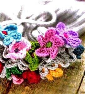 детская шапочка с цветами