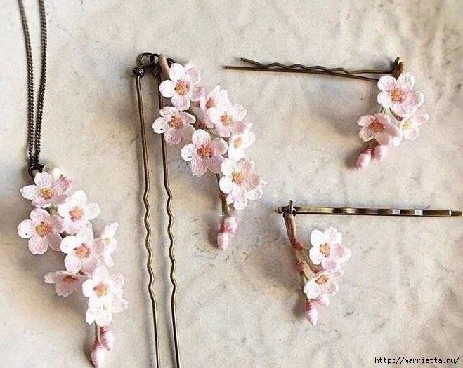 الزهور الصغيرة المعلقات الكروشيه