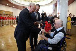 В Башкирии ветеранам боевых действий вручили инвалидные электроколяски