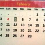 Numeración en tipografía Arial – Negrita. Mes y Días de la semana en español.