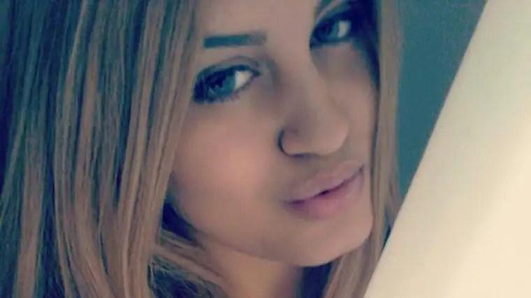 Alexandra Mezher, 22, mördades på HVB-hemmet i Mölndal. Nu avslöjas att hemmet fått pengar för att kunna ha extra personal eftersom den misstänkte mördaren visat svåra psykiska problem. Foto: Privat