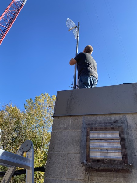 Lowering the mast at KG