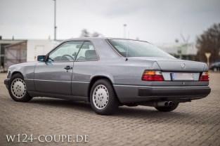 Mercedes-Benz W124 C124 Coupe 300 CE 005