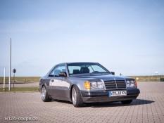 Mercedes W124 C124 Coupe slammed