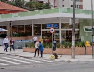 Esquina da avenida Angélica com a rua Sergipe