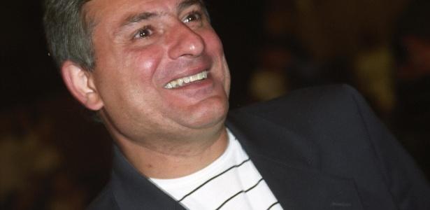 O narrador Cléber Machado, da Rede Globo, na gravação do especial de final de ano do cantor Roberto Carlos, em 8 de dezembro de 2005, no Credicard Hall, em São Paulo (SP)