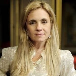 Adriana Esteves é a Carminha em Avenida Brasil (Globo)
