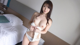 SIRO-3889 Glass A 19 year old female college understudy with a streamlined body that works well
