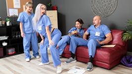 Skylar Vox Registered Nursing Naturals 20-11-2019