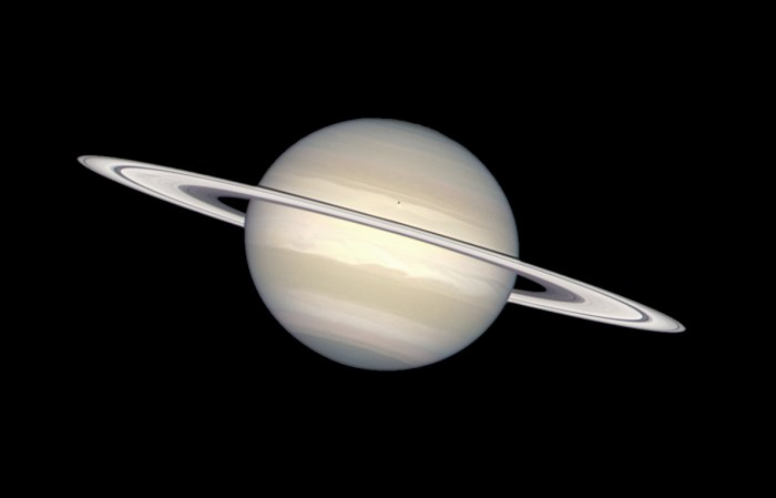 saturn_in_natural_colors_28captured_by_the_hubble_space_telescope29