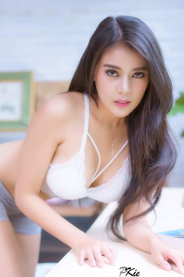 Ariya-Aumaiim-khoe-body-muot-mat-khien-phai-manh-chay-nuoc (9)