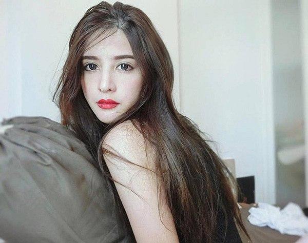 lac-loi-vi-hot-girl-Kingkaew-Karnthiang-qua-xinh-dep (2)