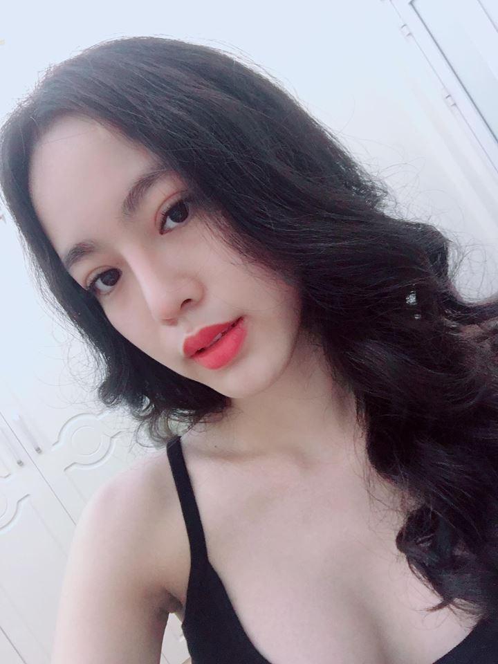 ve-dep-hot-girl-doan-phuong-uyen-nhiet-huyet-cung-doi-tuyen-anh (7)