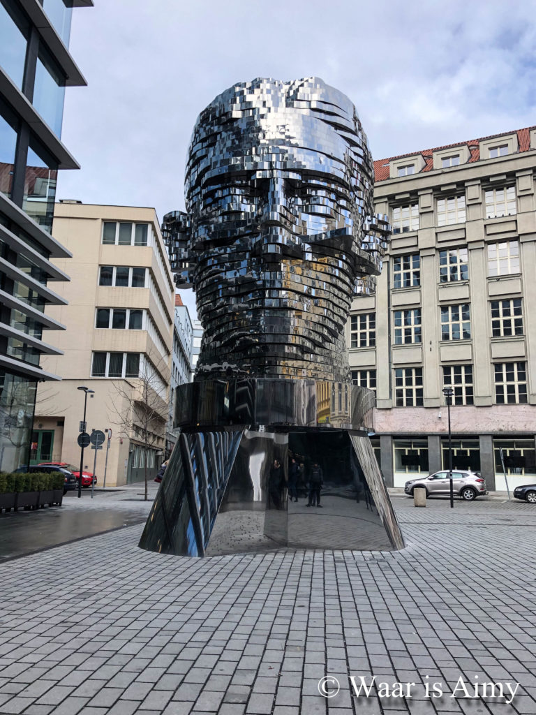 Franz Kafka statue - Waar is Aimy