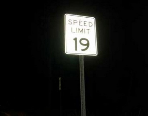 17 funniest road signs ever 15 17 Funniest Warning Giving Signs Ever Found