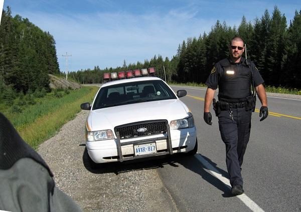 カナダ 警察 ポリス