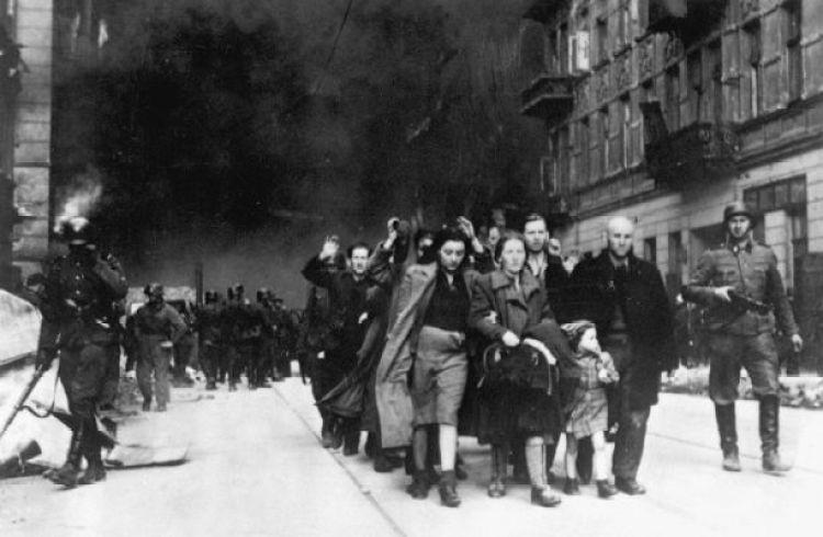 Jewish civilians. ゲットー 当時