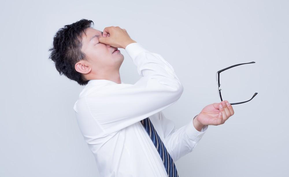 突然に起こる痙攣…。その原因はストレスかもしれませんよ?!