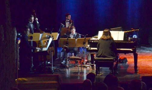 Abschlussprüfung Gesang des Musical-Studiengangs.