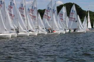 Die 420er sind die schnellsten Jugendboote, die mit zwei Mann Besatzung auskommen.