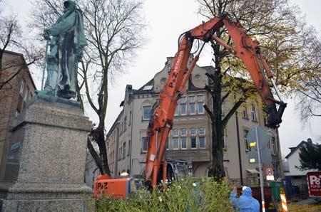 Der Abriss des Kaiser-Friedrich-Hauses hat begonnen