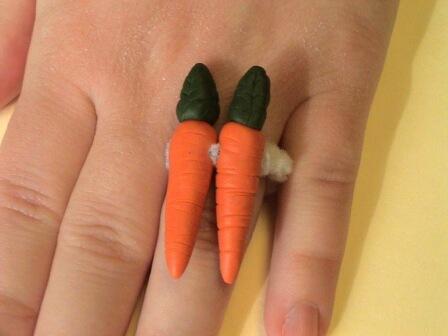 A 2-carat ring LOL