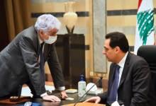 Photo of جلسة الحكومة: دياب يشتكي النقد وينتظر المساعدة
