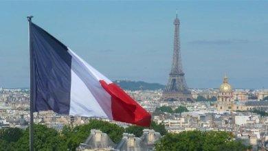 صورة مع وجود الوسيط الفرنسي يمكن توقع تجاوز عراقيل التأليف وتعقيداته