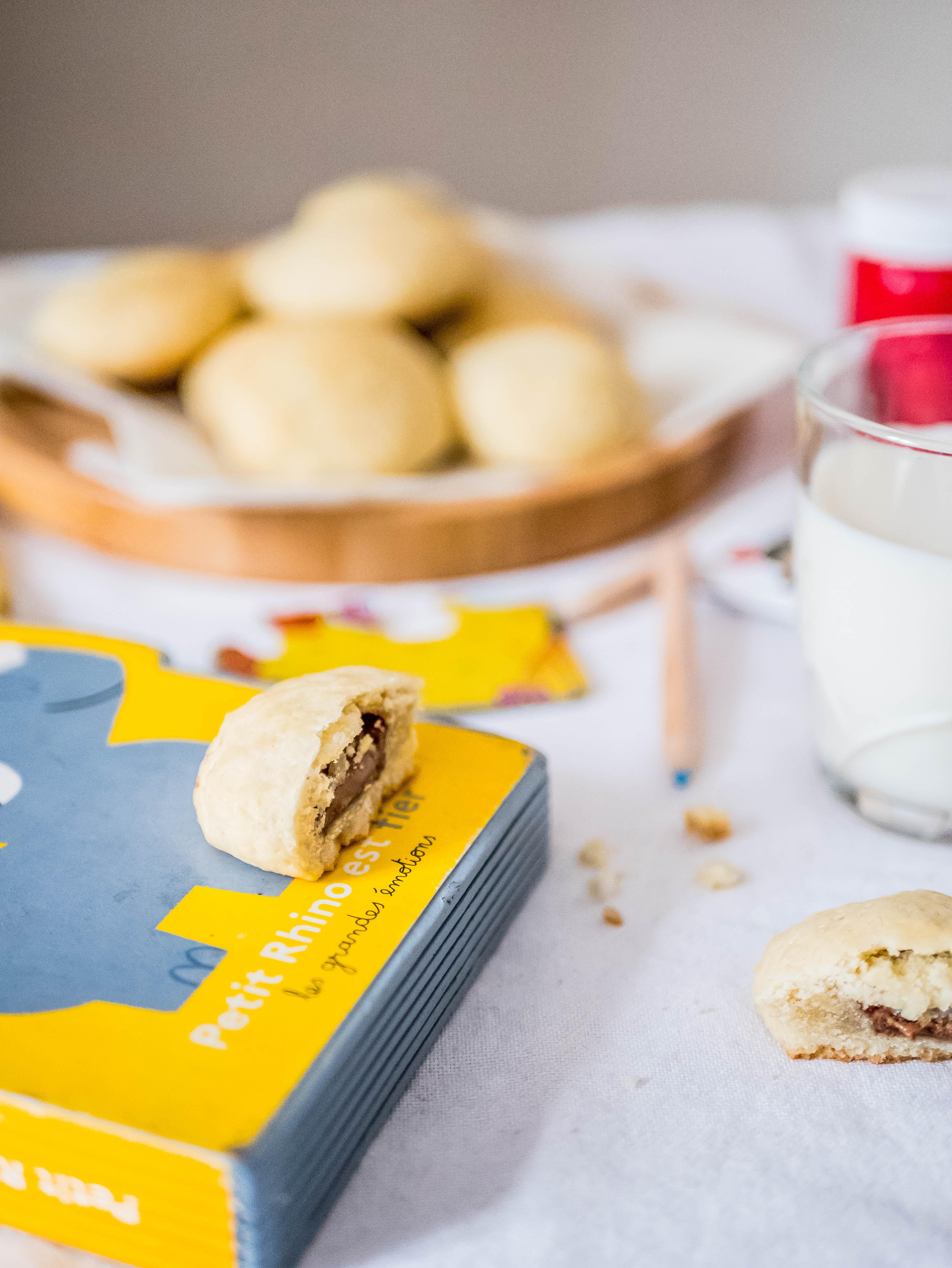 Biscuits fourrés au praliné