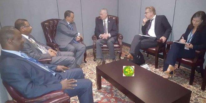 وزير الخارجية يلتقي المبعوث الأممي للصحراء بعد زيارته للرباط