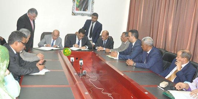 موريتانيا توقع على قرض ب16 مليارات لطريق بوتلميت