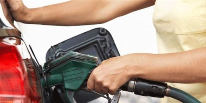 محطات الوقود في النبطية تزود المواطنين بالوقود استنسابيا