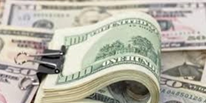 ارتفاع الطلب على الدولار وتوقعات بصعوده.. هذا جديد الأرقام