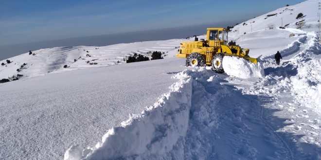 رئيس مركز جرف الثلوج في جرد القيطع: اعادة فتح طريق القموعة مرجحين الهرمل لن تتم اليوم بسبب تراكم الثلوج