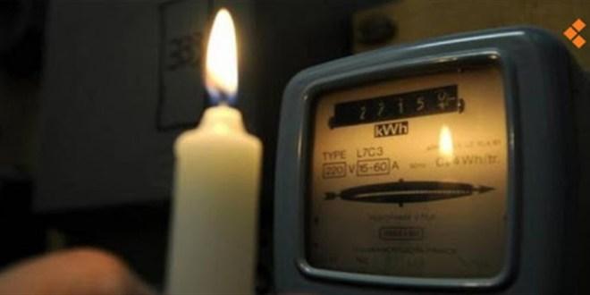 اللبنانيون مهددون بالعتمة بعد 20 يوماً.. هذا ما كشفه غجر عن الكهرباء