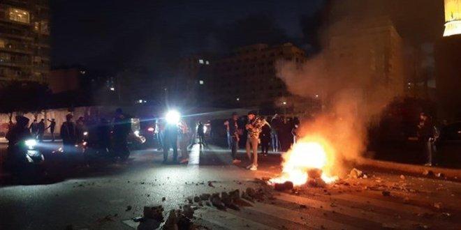 """""""الاحتجاجات"""" يتوقع لها ألا تقتصر على ما جرى بالأمس .. المعالجة تبدأ من تأليف الحكومة"""