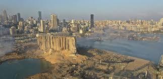 أهالي ضحايا انفجار المرفأ طالبوا البيطار باستكمال ما بدأه صوان