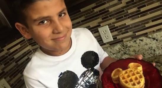 Keto Cheese Waffles