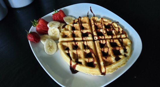 American waffles with nutella sauce