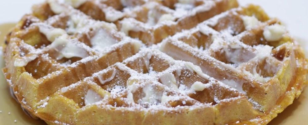 How to Make Pumpkin Waffles   Easy Homemade Pumpkin Waffle Recipe