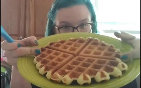 Twitchin' in the Kitchen: Waffles