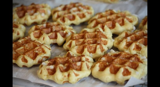 Homemade Sugar Waffles