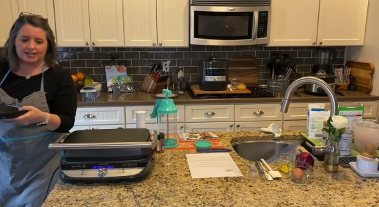 BBQ Chicken & Cornbread Waffles Recipe Demo