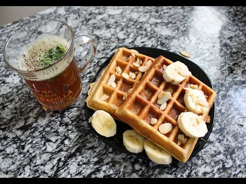 Healthy and Easy Waffles Recipe (whole wheat flour, without sugar!)