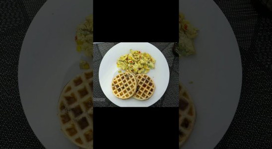 HOW TO MAKE WAFFLES AT HOME EASY RECIPE |  CHOCOLATE WAFFLES RECIPE TASTY | SCRAMBLE EGGS WITH MILK